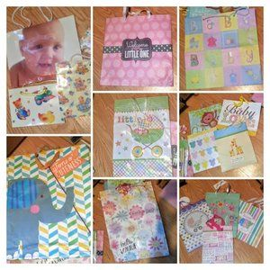 18 Assorted size baby shower gift bags